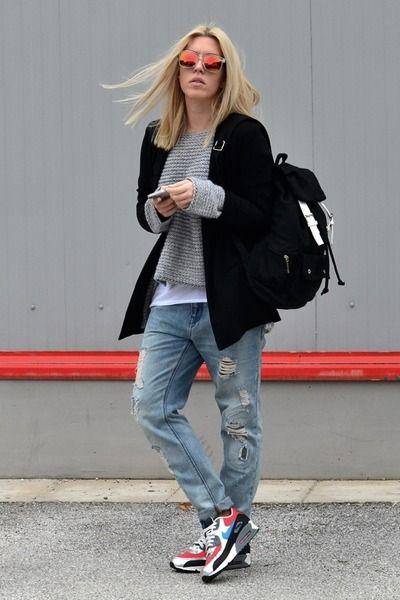 nariz embotellamiento Comorama  Retro Sneakers - Chictopia Mobile | Air max outfit, Nike air max for women,  Fashion