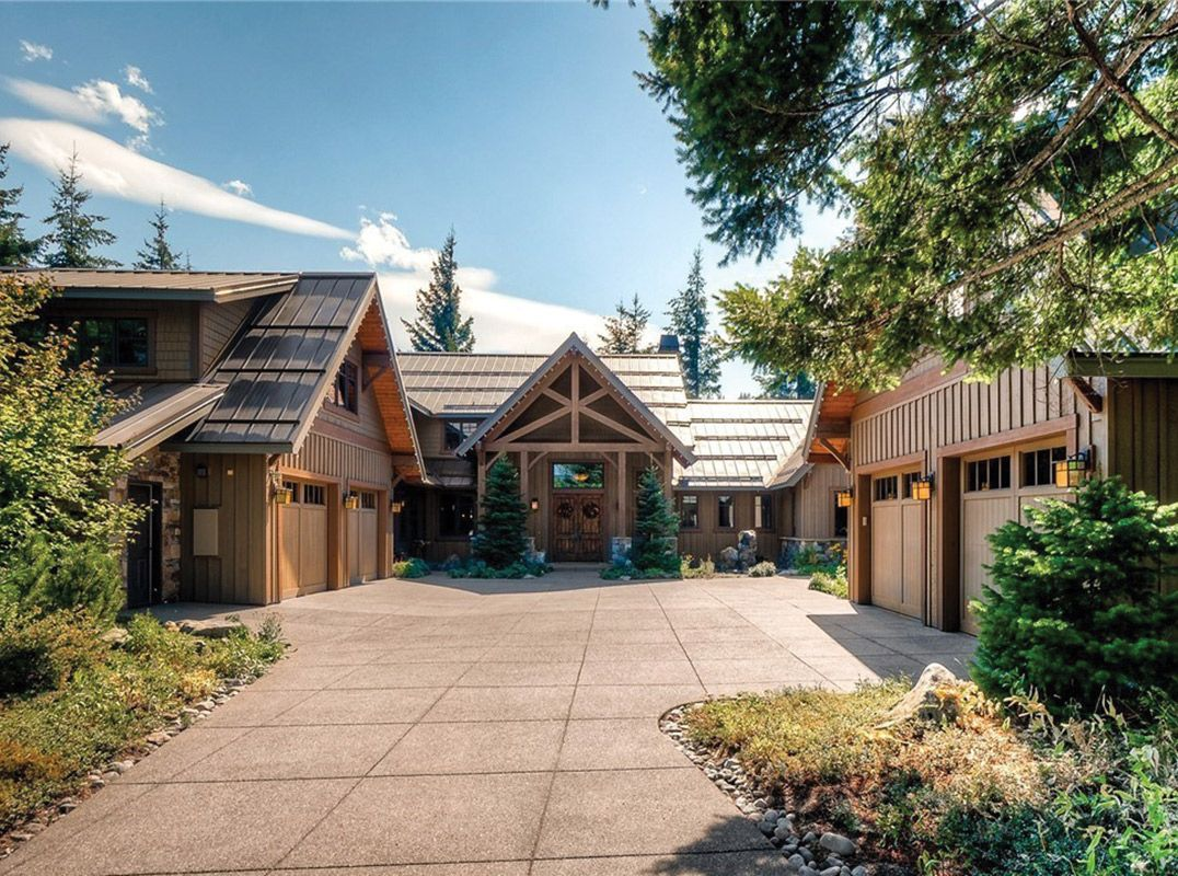 Classically spectacular lodgestyle residence listed by