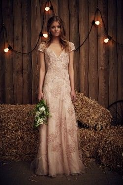 9830876b4a441 June Blush Wedding Dress from Jenny Packham's Spring 2017 Bridal Collection