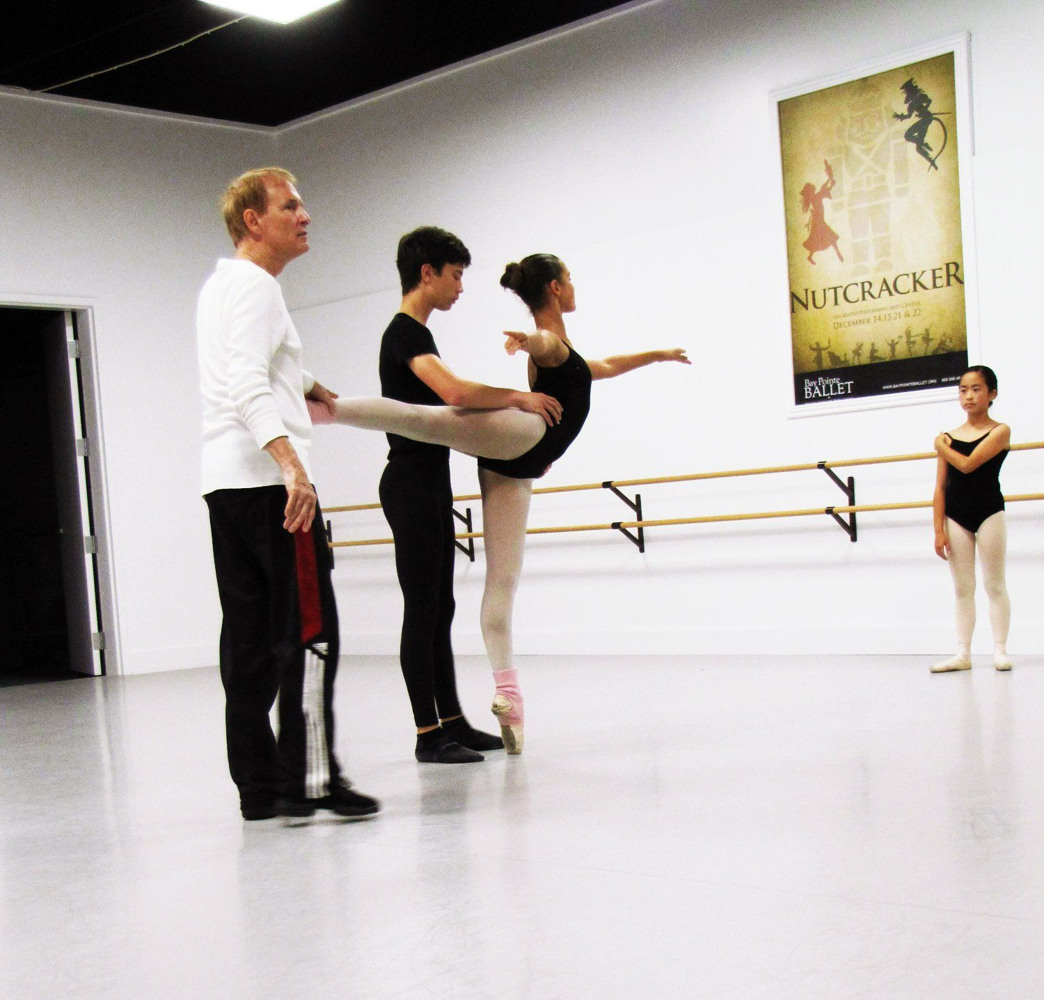 Pas De Deux Class At Bay Pointe Ballet S Summer Intensive