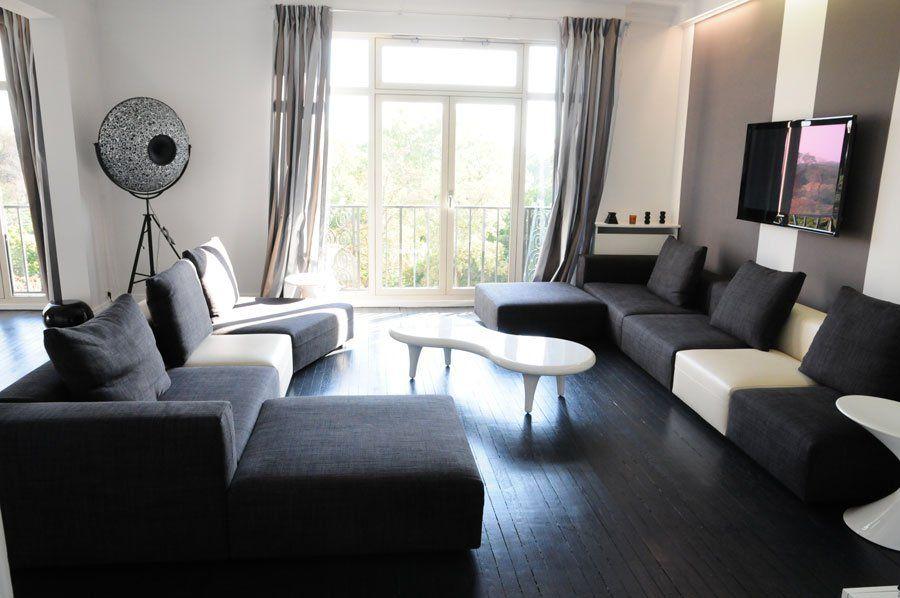 un salon noir et blanc 3 jpg 900 598