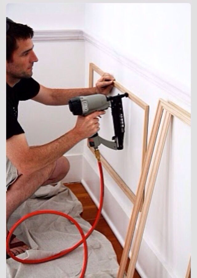 Create A Wainscotting With Frames.
