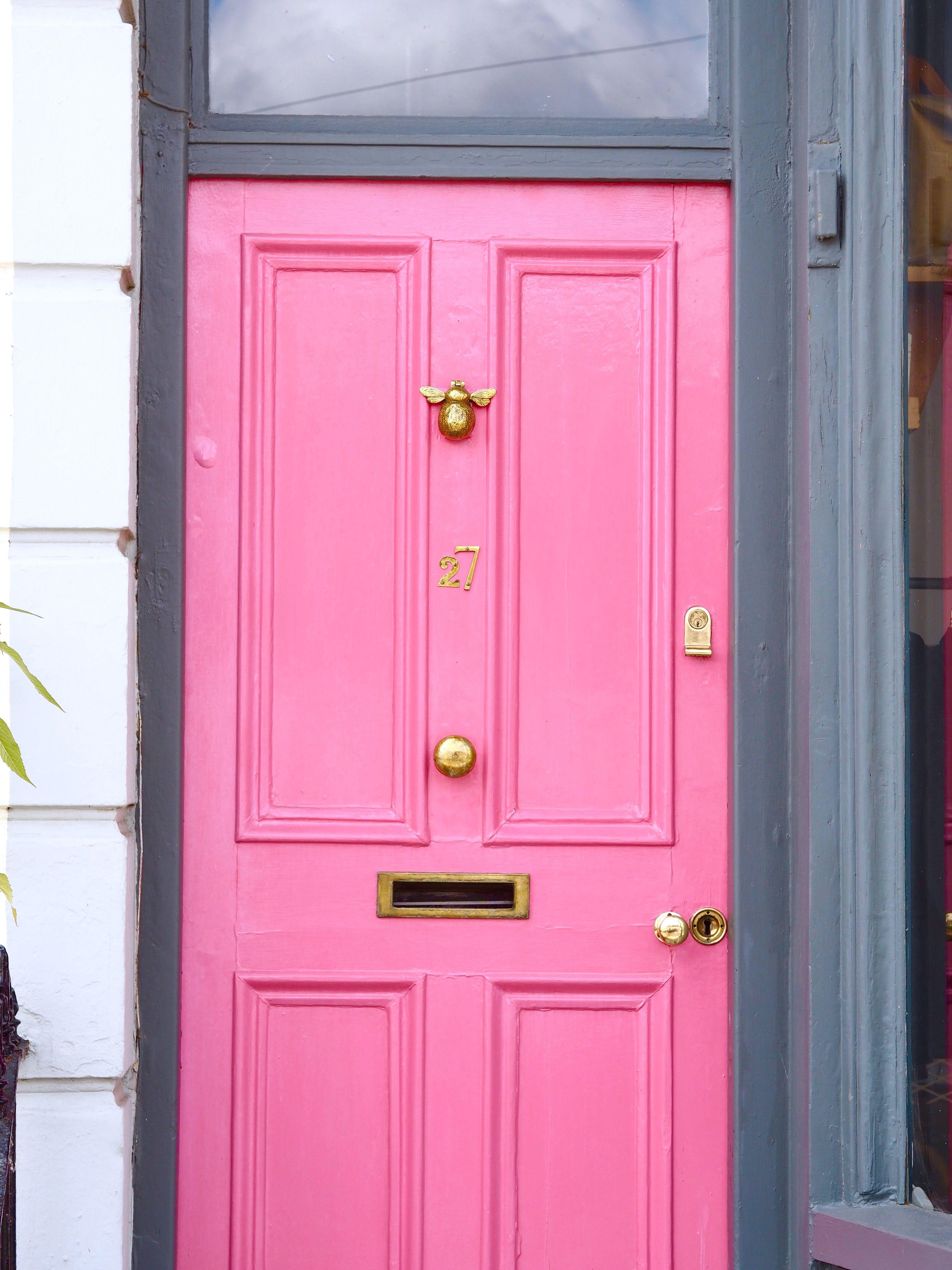 pink door with bee door knocker magenta pretty city | College House ...