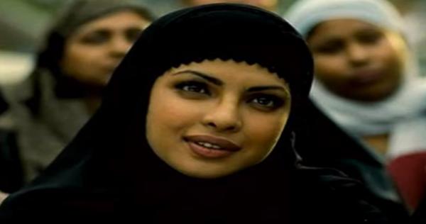 خبر يقلب السعودية ملكة جمال الهند الممثلة بريانكا تشوبرا تعمل خادمة في حفر الباطن Nun Dress Fashion