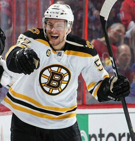 Sean Kuraly Boston Bruins Sportingnews Com Boston Bruins Boston Bruins Hockey Bruins Hockey