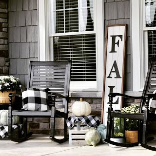 THE NINE'S FALL FRONT PORCH #fallfrontporchdecor