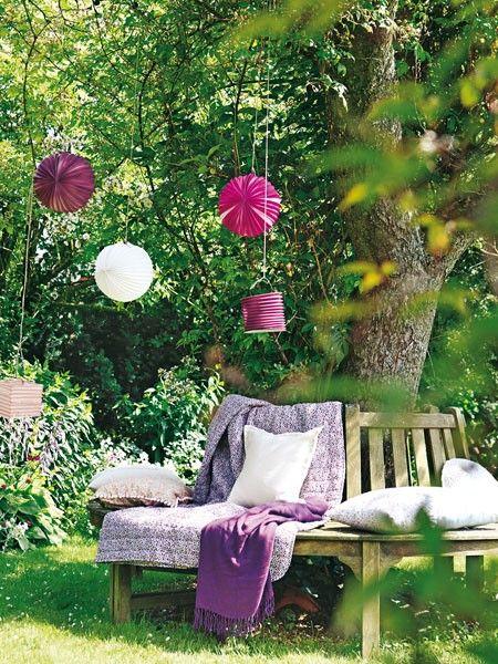 Blühende Deko Gartenparty olé - Unwetter ade! Gardens, Garten and