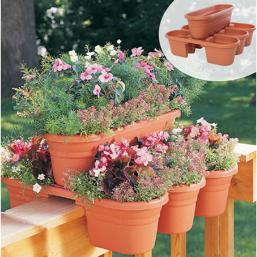 Bloem 21 In Terra Cotta Milano Plastic Deck Rail Planter 4 Piece Mrp421 46 Building A Raised Garden Planters Garden Projects