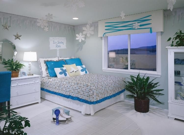 blue room with the combination of snowflake designe | Home Sweet ...