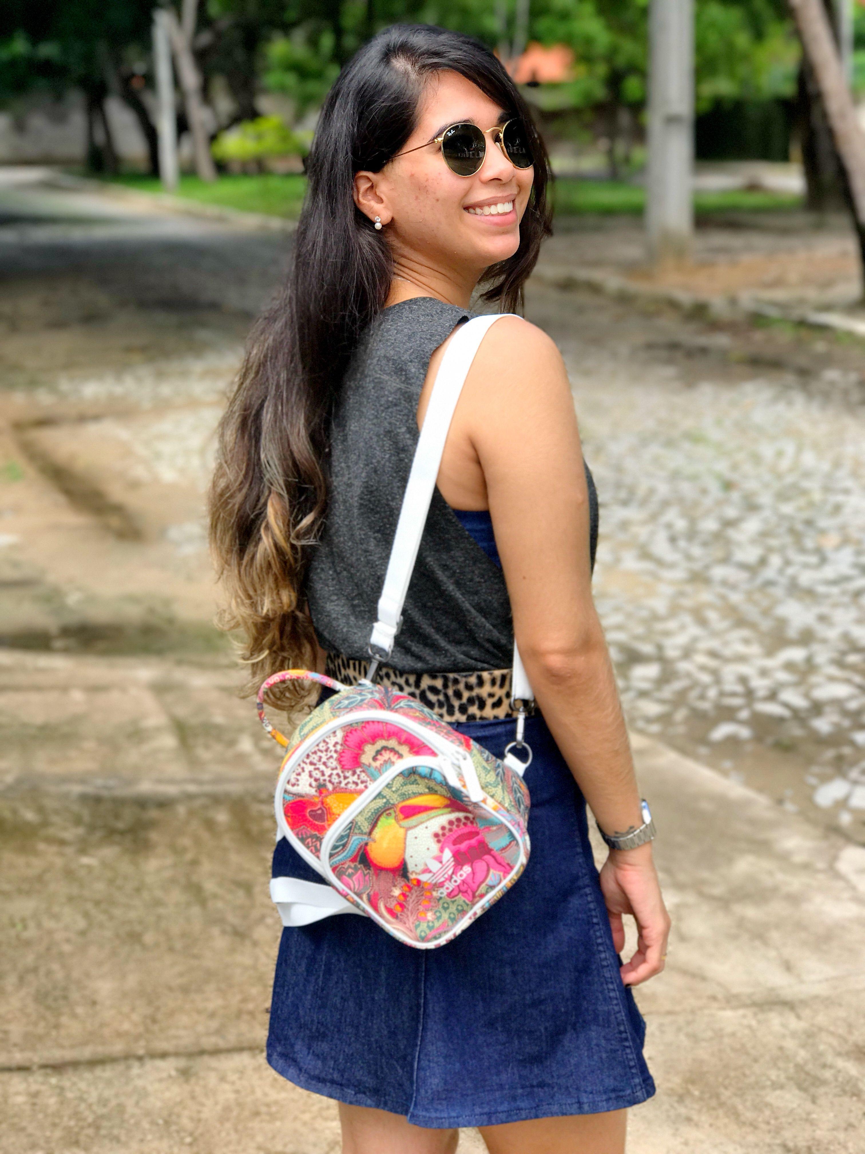 f40fde2cc Mochila Mini Adidas parceria com a Farm | Fashion | Bags, Shoulder ...