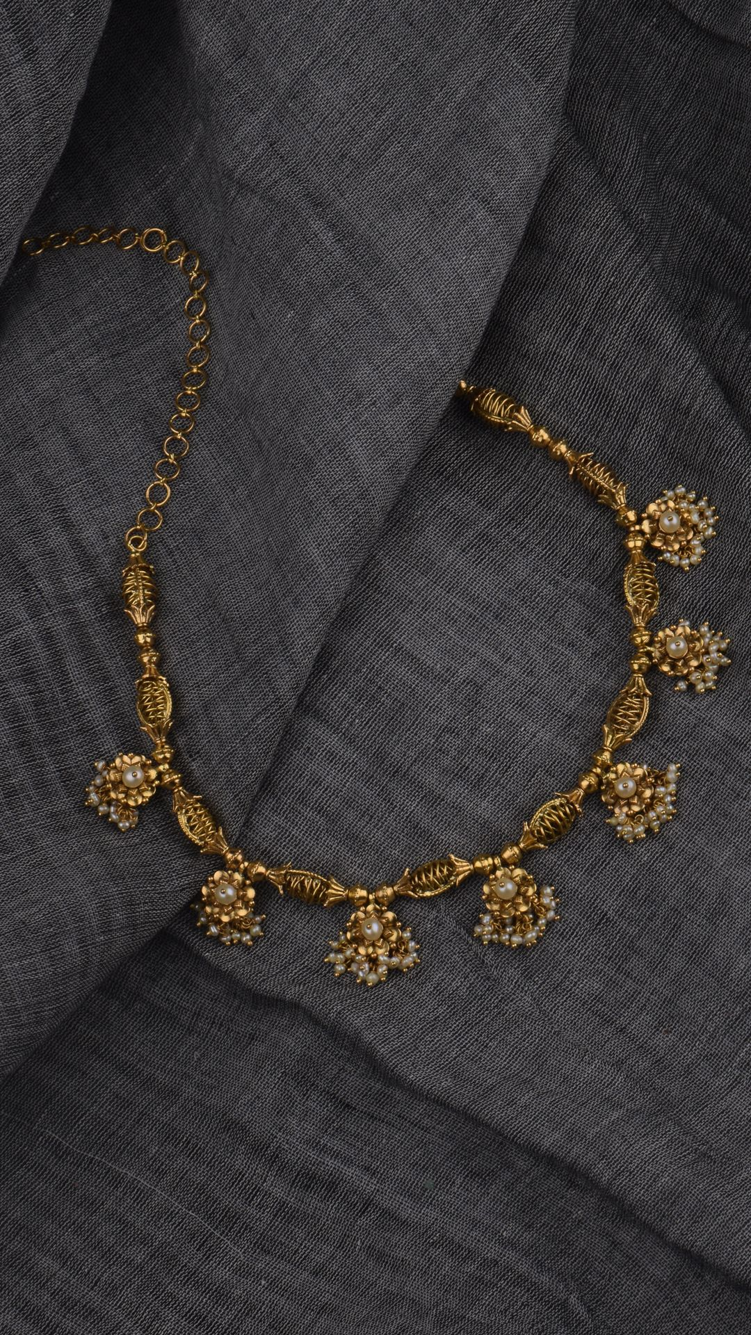 Azva Modern Gold Jewellery Modern Gold Jewelry Gold Necklace Designs Gold Necklace Indian Bridal Jewelry
