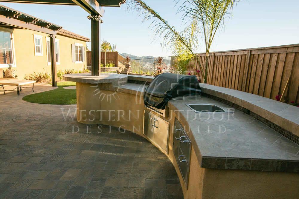 Stucco Finish Bbq Islands Outdoor Kitchens Gallery Western Outdoor Design And Build Serving San Diego Orange Riverside Counties Bbq Island Outdoor Design Outdoor Kitchen