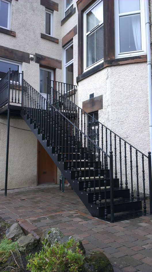 Best Straight Cast Stairs Staircase Balcony Design 400 x 300