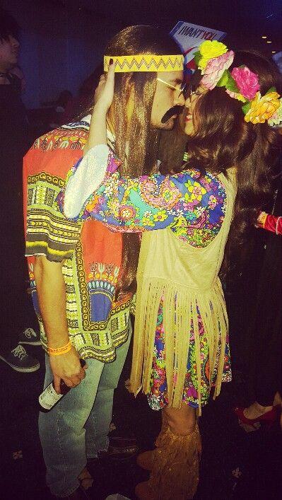 Hippies couples costume More Halloween costumes Pinterest