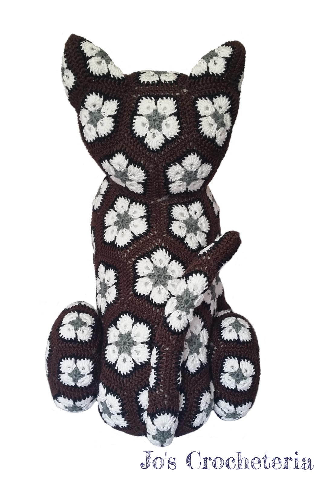 Luna the African Flower Cat pattern by JOs Crocheteria | muñecos ...