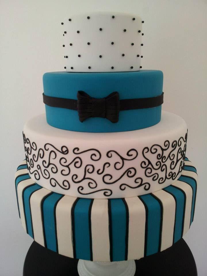 Bolo Cenográfico 4 andares - Azul Tiffany e Preto - Texturizado com acabamento em Biscuit