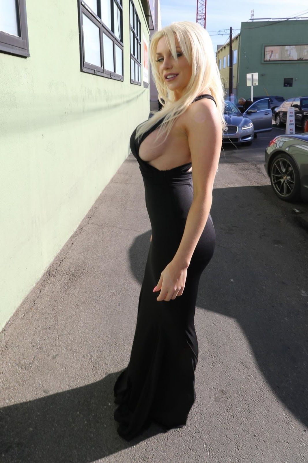 Courtney stodden shows off her boobs and butt onlyfans 5 pics video nudes (75 photos), Feet Celebrity image