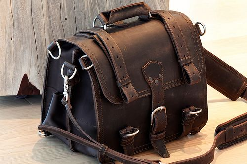 Saddleback Review – Thin Briefcase, One Year In