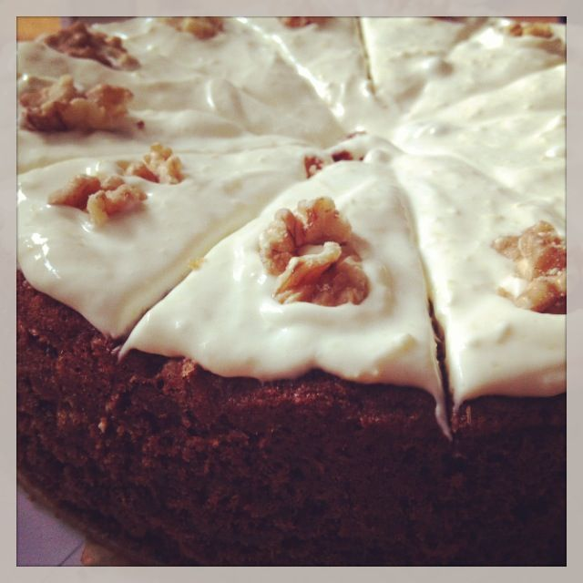 Extremely Tasty Carrotcake with Walnuts for a Crunchy Bite