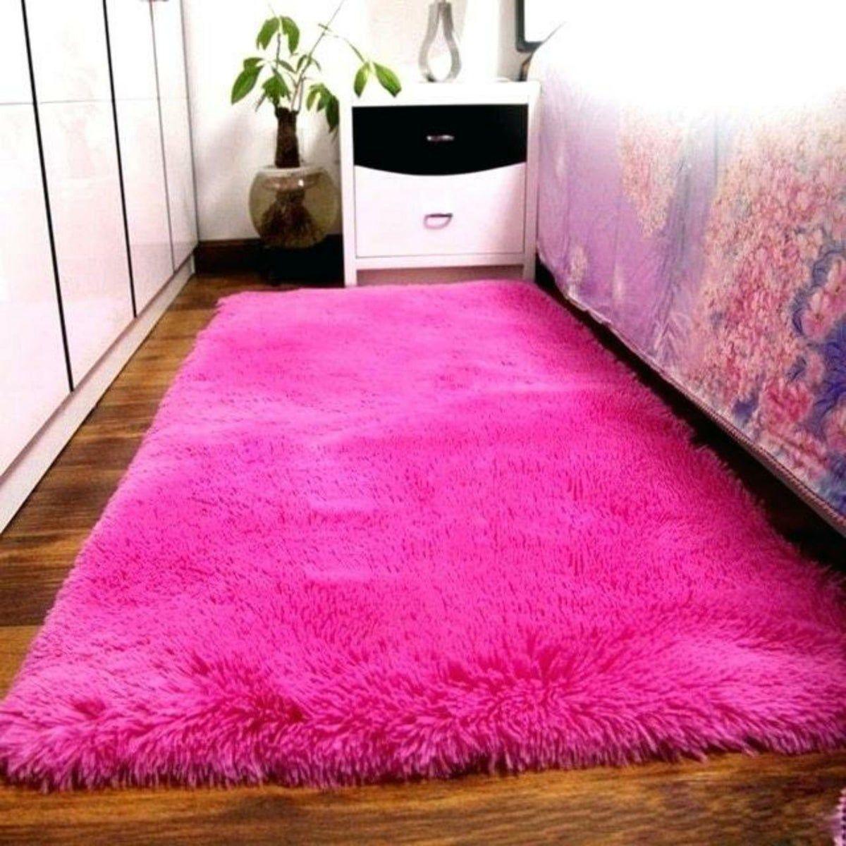Hot Pink Faux Fur Runner 3 X5 Area Rug In 2020 Rugs On Carpet Room Carpet Cool Rugs