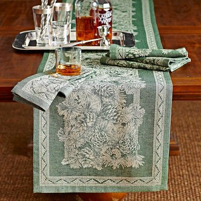 Winter Pinecone Jacquard Table Runner