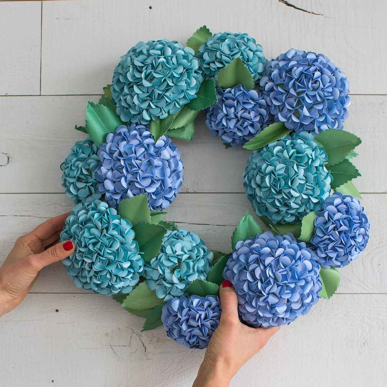 How To Make A Paper Hydrangea Wreath #craft