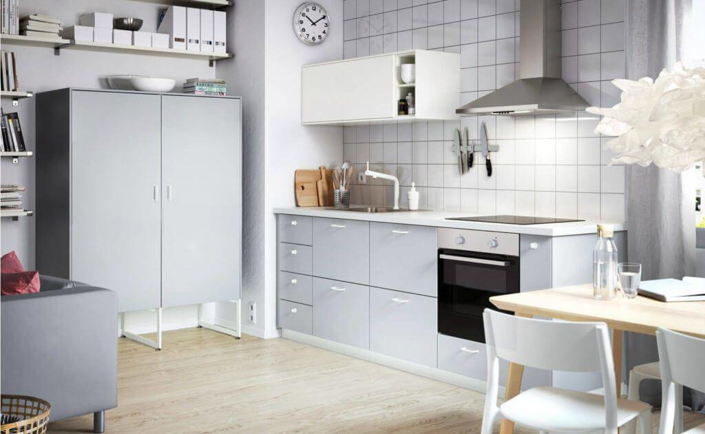 Farbkonzepte Fur Die Kuchenplanung 12 Neue Ideen Und Bilder Von Ikea Kuchen Kuchenfinder In 2020 Grau Ikea Kuche Graue Kuchenschranke Schwarze Ikea Kuche