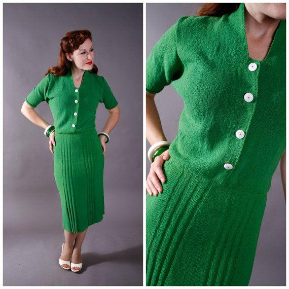 1940s Color Porn - 1940s Sweater Dress - Vintage 40s Knit Dress in Kelly Green - Creme de  Menthe