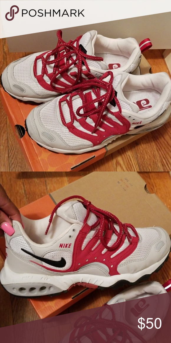 Nike Air Terra Humara Women Sneakers