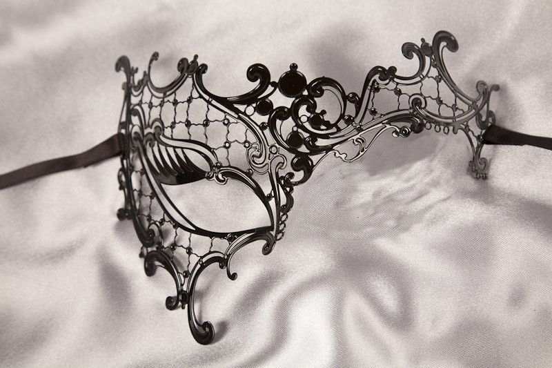 Lace Metal Venetian Masquerade Mask - Phantom Style. Great source for fabulous masks