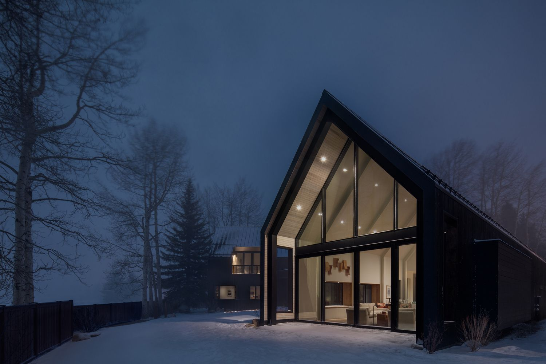 Gallery Of V Plan House Studio B Architecture Interiors 5