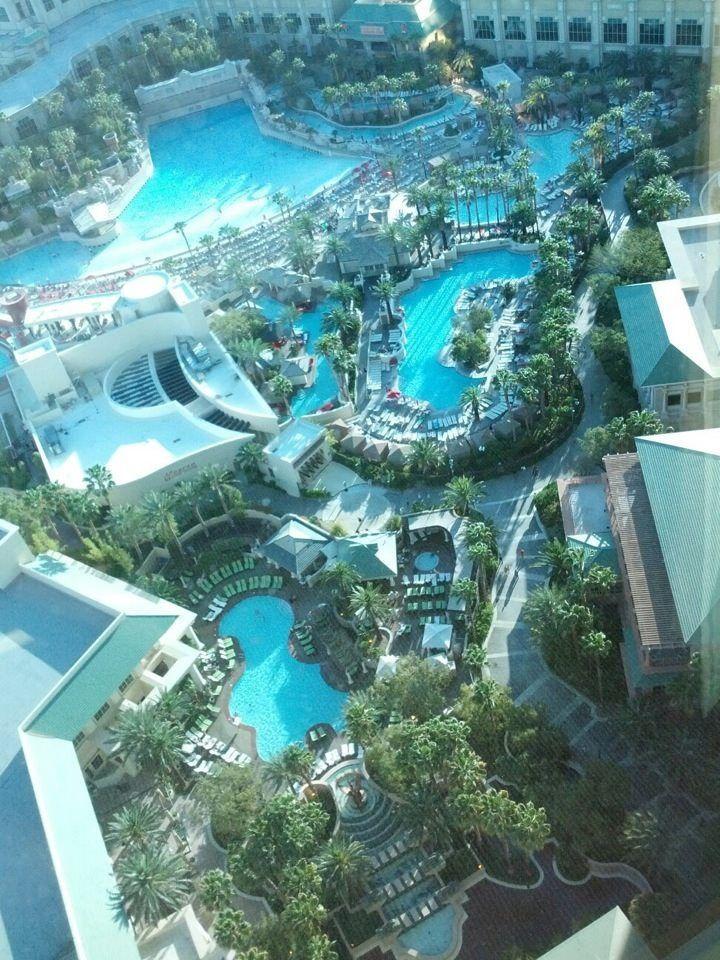 Mandalay Bay Hotel, Pools, Lazy River, Wave Pool