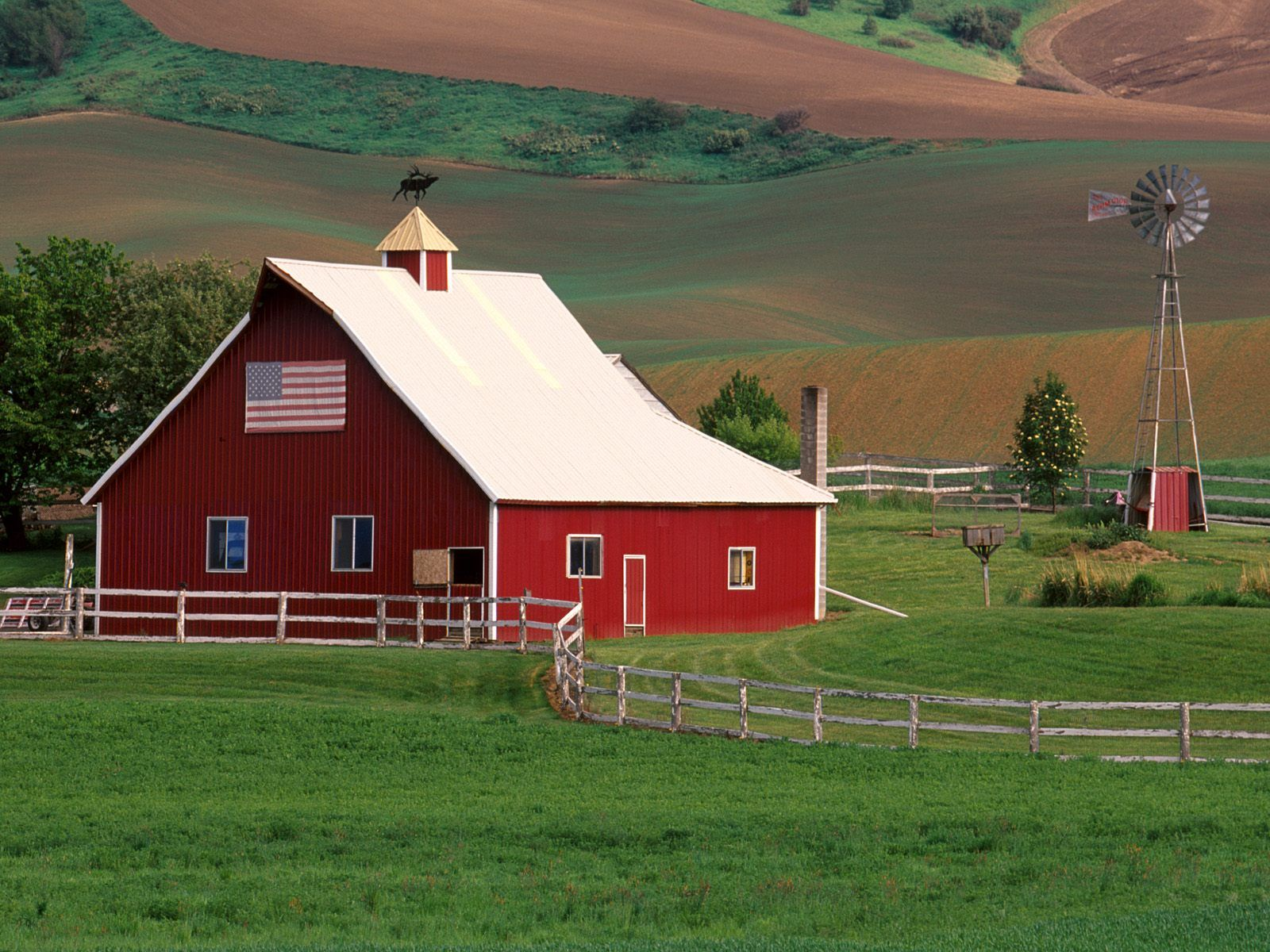 I lived on a dairy farm when i was a girl and raised for Ranch and rural living