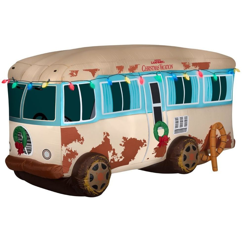 This Inflatable Christmas Vacation Rv Is Peak Holiday Yard Decor National Lampoons Christmas Vacation Lampoon S Christmas Vacation Lampoons Christmas