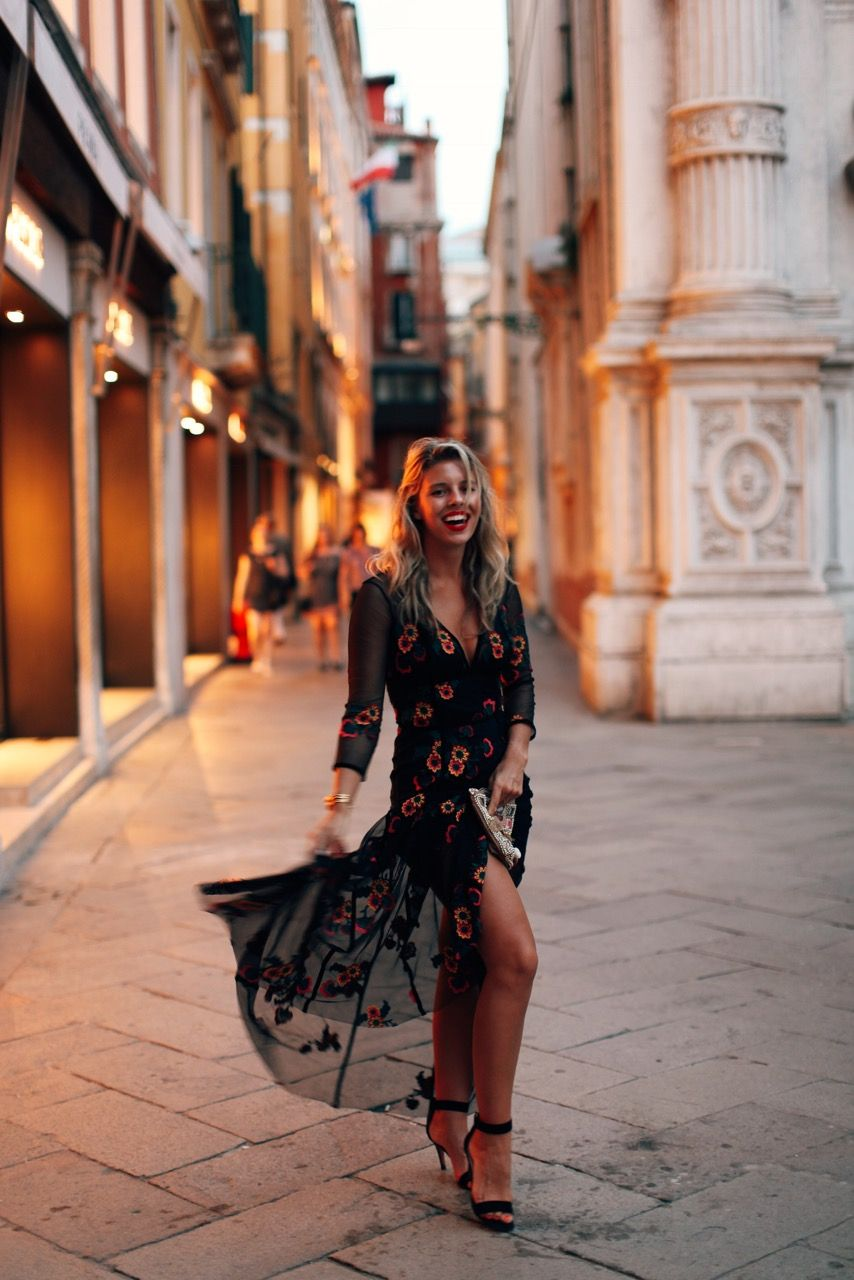 c49ae0b91e VENICE BY NIGHT | Editorials | Fashion, Natasha oakley, High slit dress