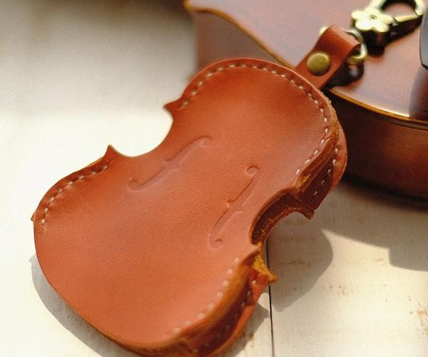 Handmade Leather Cute Violin Camel Keyring Keychain Women Personalized –  Evergiftz d64d906bc5