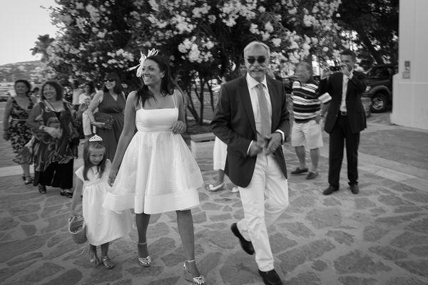 d3ac1021872 Μοντερνος γαμος στην Παρο | Νυφικα | Νυφικά φορέματα, Νυφικά και ...