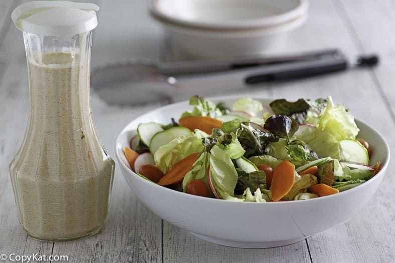 Copycat Houston S Buttermilk Garlic Salad Dressing Recipe Garlic Salad Dressing Delicious Salads Homemade Salads
