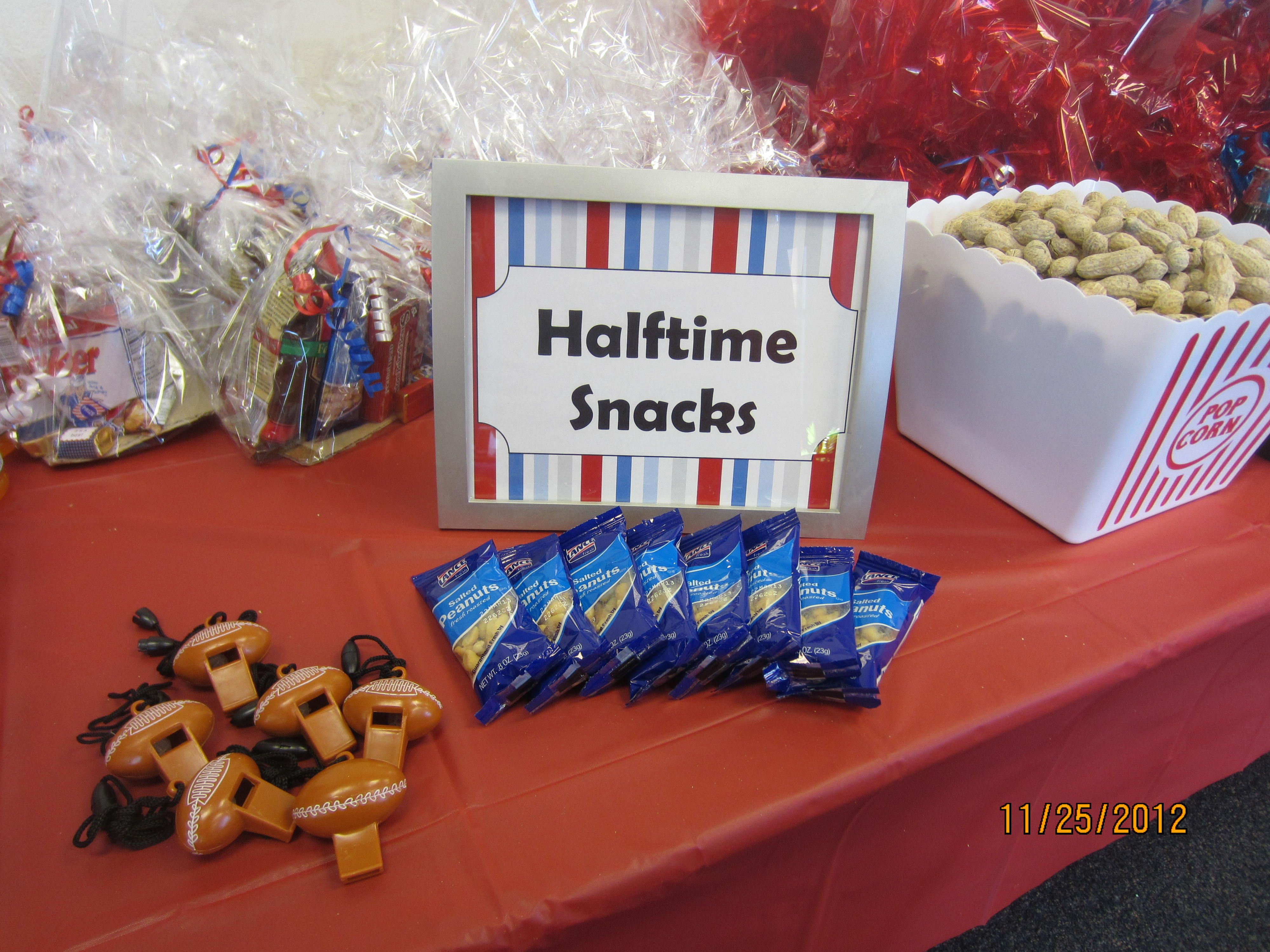 halftime snack table for a boy sports themed baby shower partyfavors babyshower boy