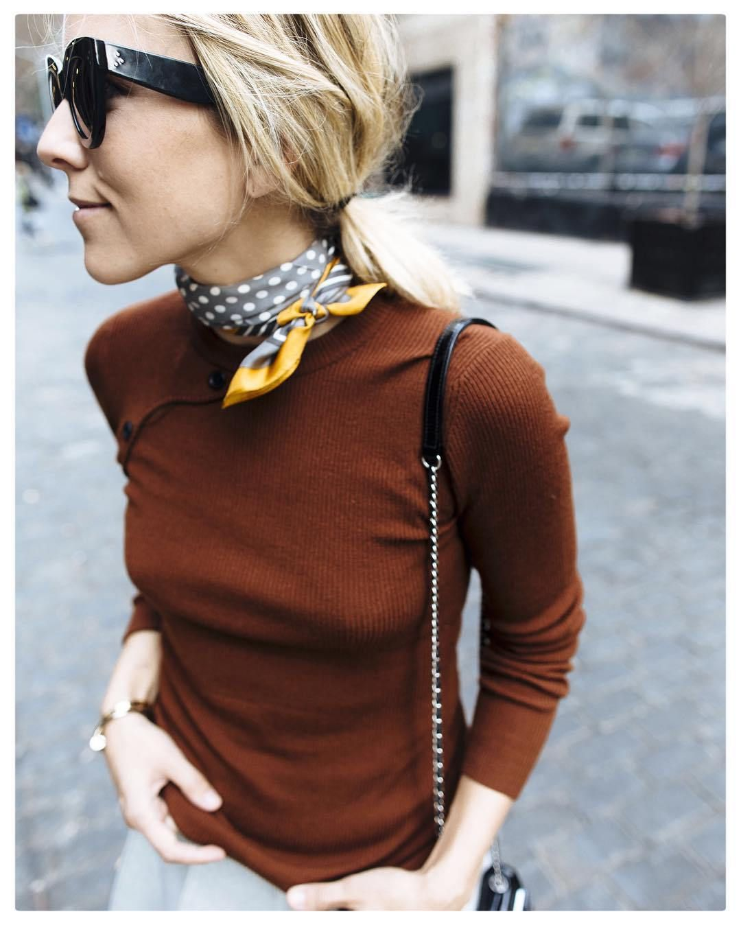 24 Ways to Wear A Scarf Fashion, Scarf styles, How to