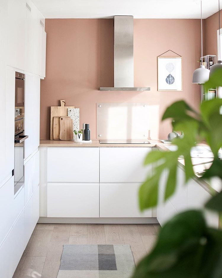 More Kitchen! In love with this new color!💕 . LADY Pure