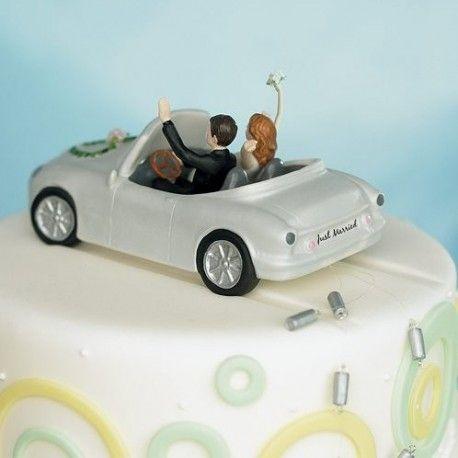 La figurine de mariage mariés en voiture