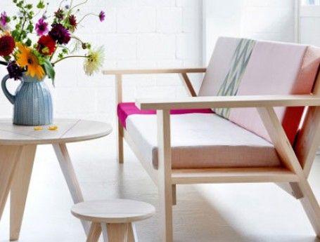 Mooie houten bank met stoffen bekleding.  Bijzonder MOOI | betaalbaar Dutch design | ZOOK.nl