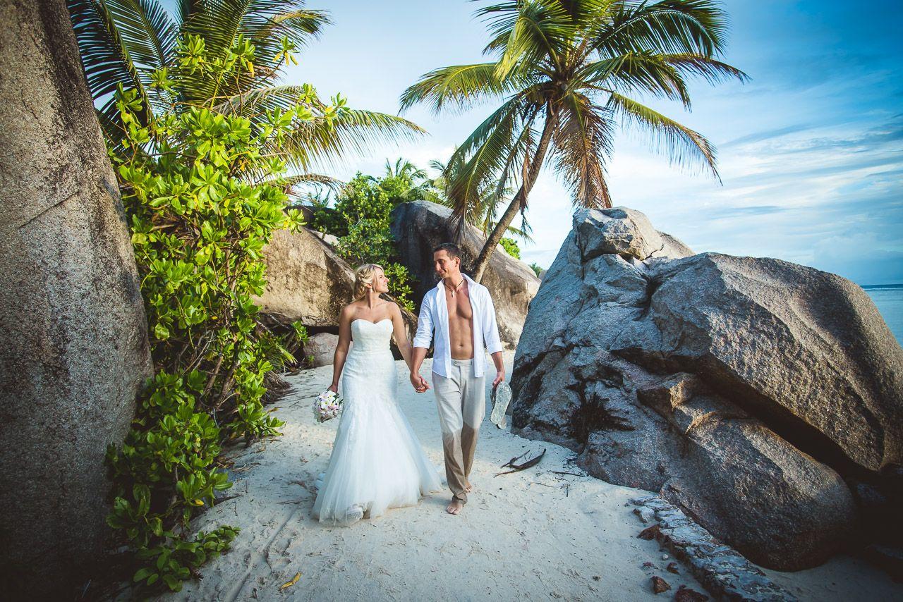 Unsere Top 5 Tipps Fur Eine Traumhafte Hochzeit Auf Den Seychellen Video Beautiful Places For Lovers Strandhochzeit Hochzeit Im Ausland Seychellen