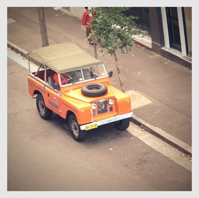 Orange Land Rover, Surry Hills