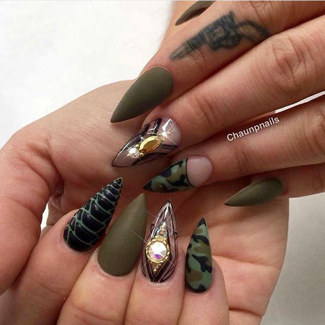 Pin de Karyna en Cute Nails   Pinterest   Uñas militares, Diseños de ...