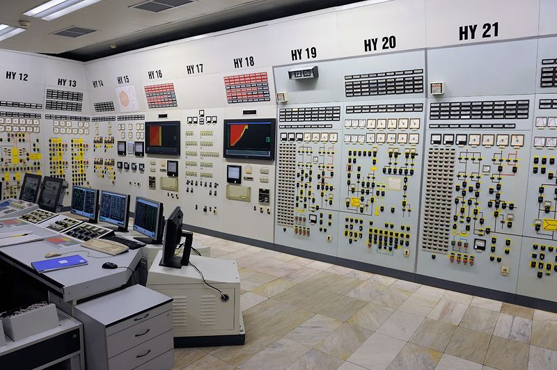 19 Beautiful And Ludicrous Control Panels