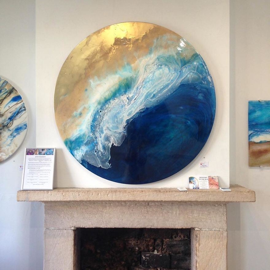 I Use Mineral Crystals And Seashells To Create Abstract Seascapes Abstract Artists Canvas Painting Canvas Art