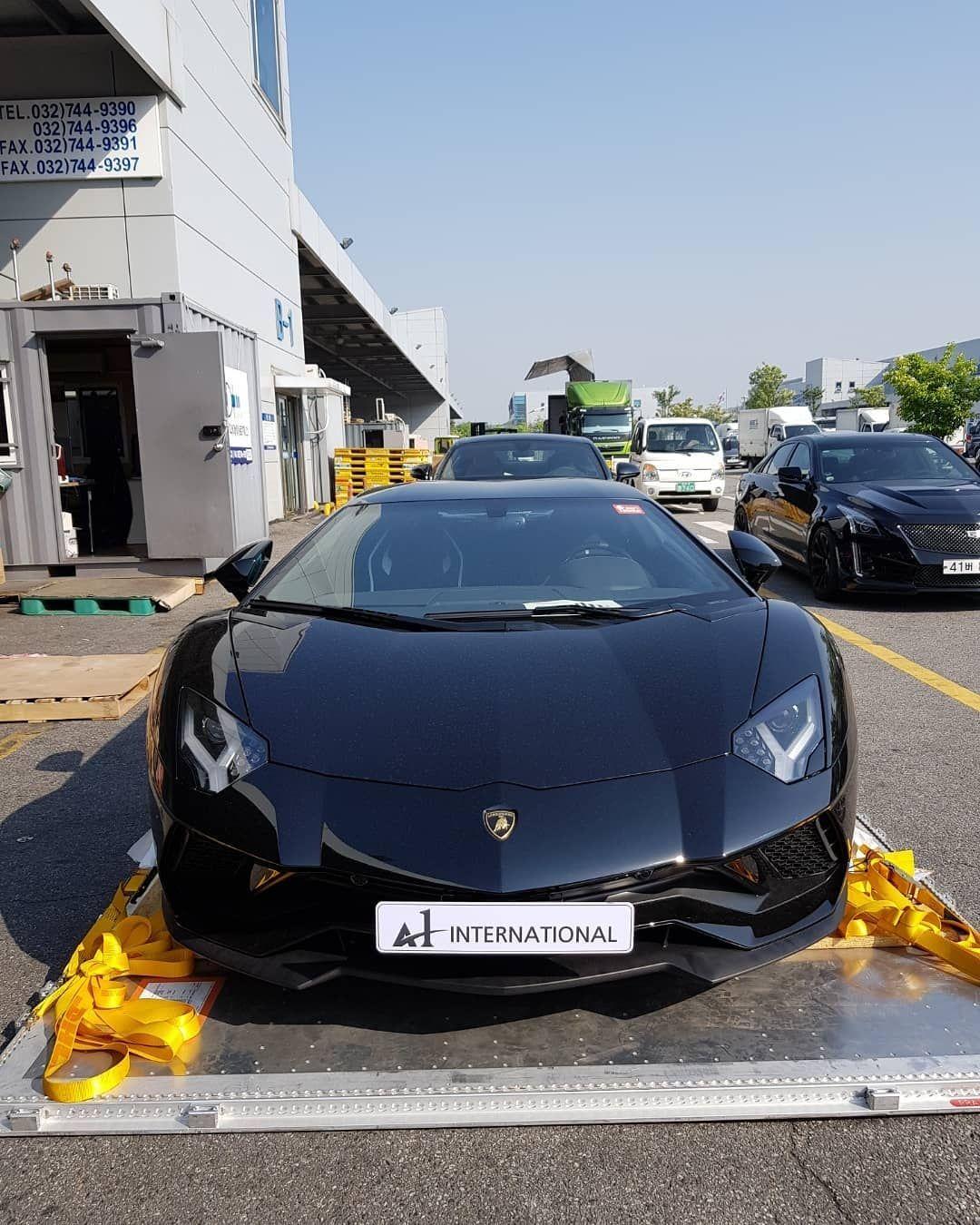좋아요 1 078개 댓글 3개 Instagram의 A1 International 슈퍼카 럭셔리카 직수입 A1 International 님 람보르기니 아벤타도르s Lp740 Lamborghini Aventadors 인천공항 통관 완료 Bmw Car Bmw Car