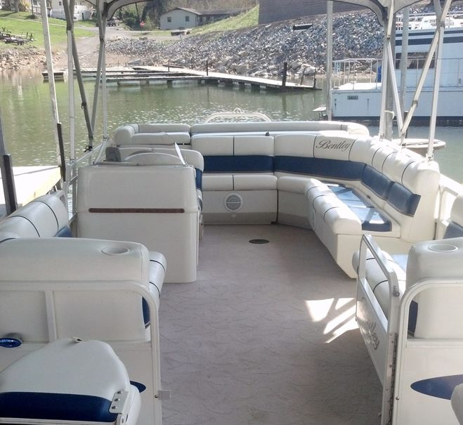 Pontoon Boat Rentals From Oasis Watersports
